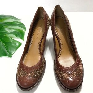 Vince Camuto Brown Leather Textile Low Heel 8B